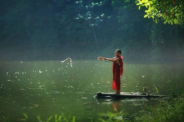 Đặc điểm nhận biết một người theo Đạo Phật