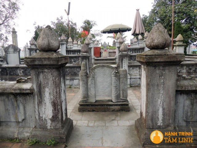 Phong tục thờ cúng tổ tiên của người Việt cổ